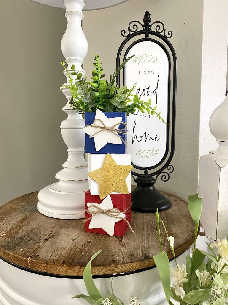 4th Of July Red white and blue Stacking star Boxes DIY Craft