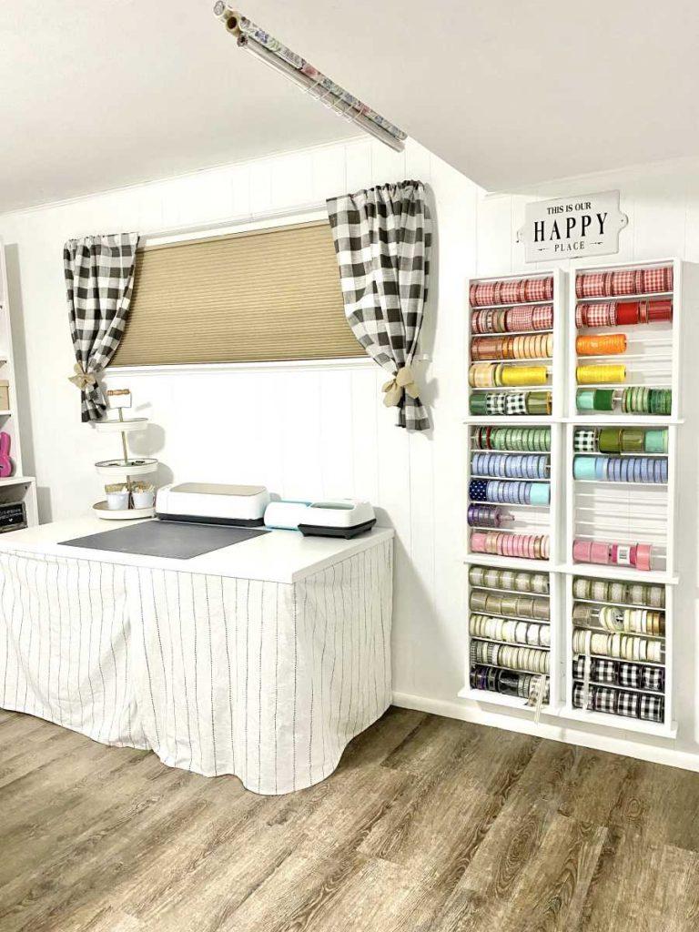 Heidi Sonboul craft room Ribbon wall
